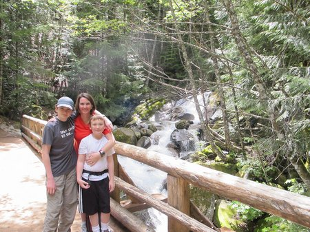 annette-lake-hiking-with-kids