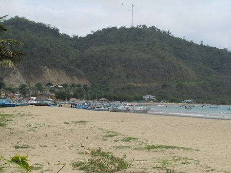 puerto-lopez-ecuador.jpg