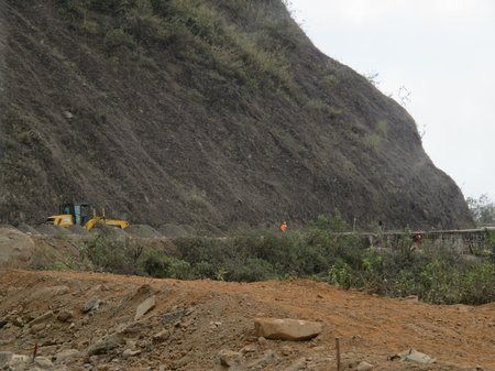 road-construction-high-mountains-ecuador
