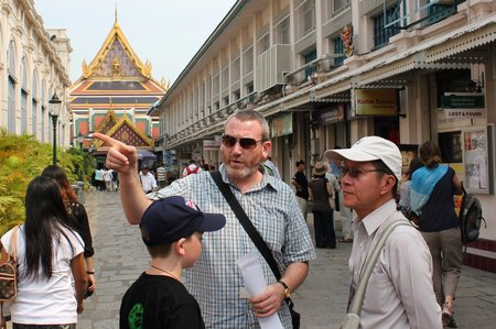 bangkok-with-kids-grand-palace-guide