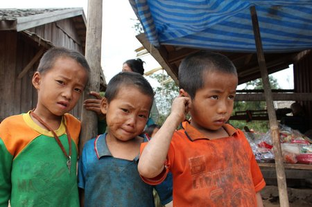 bokeo-laos-village-boys-2