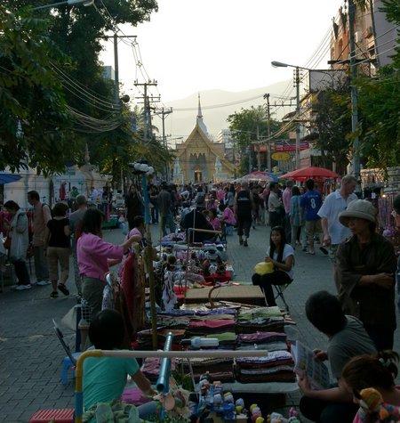 chiang-mai-sunday-night-market