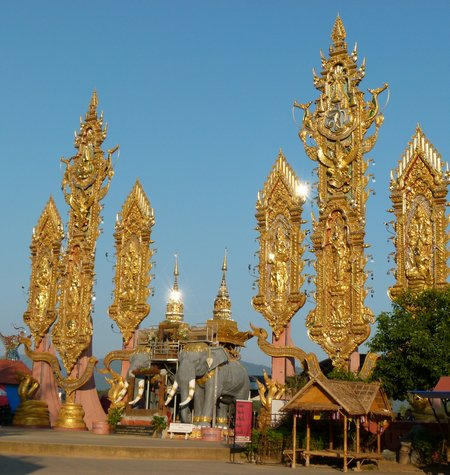 golden-triangle-thailand-1.jpg