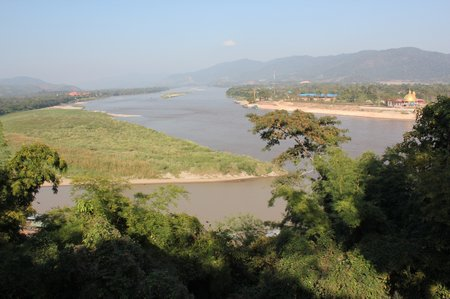 golden-triangle-thailand-laos-burma.jpg