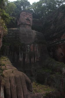 china-with-kids-leshan-big-buddha.jpg