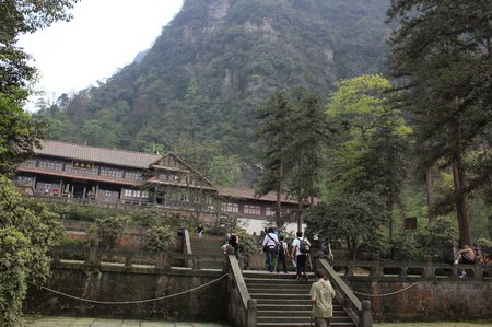 sichuan-china-emei-shan-overnight.jpg