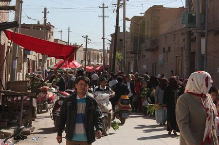 western-china-kashgar-local-market