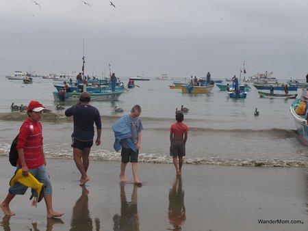 ecuador-tourism-beach-puerto-lopez.jpg