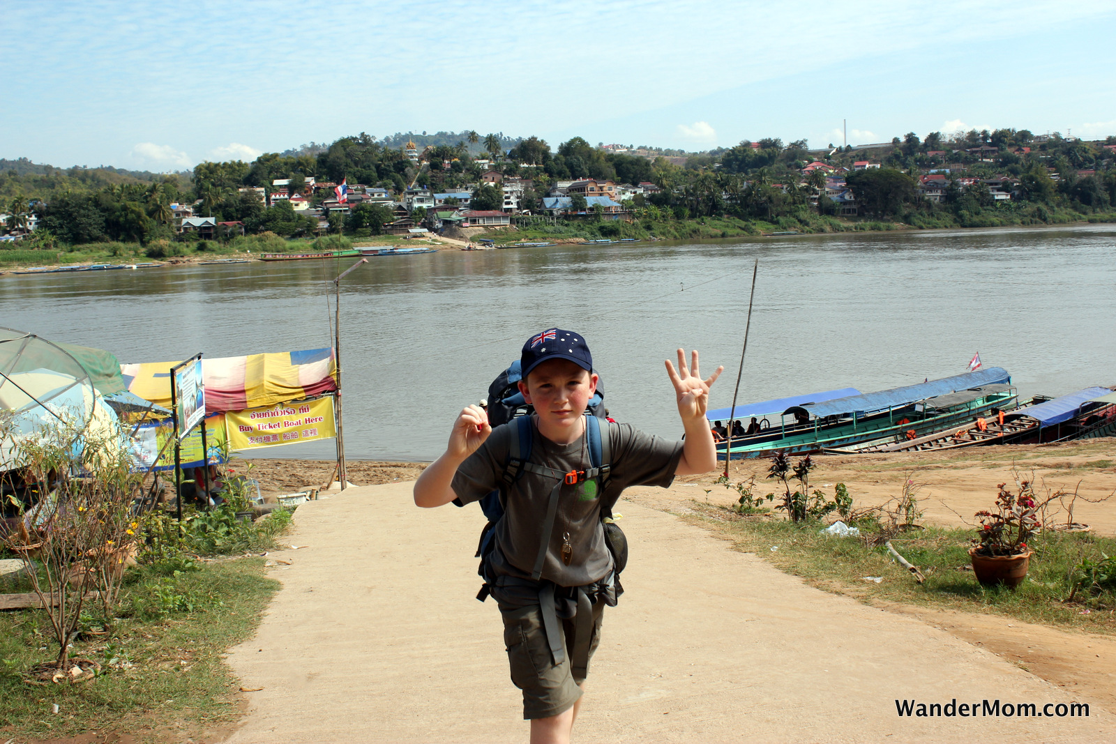 thailand-chiang-khong-crossing-mekong-to-laos