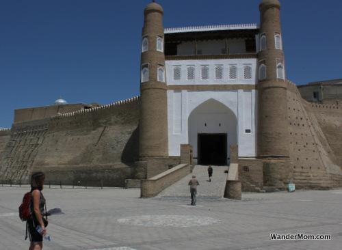 uzbekistan-bukhara-fort