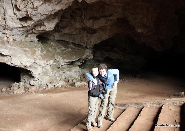 Laos-Itinerary-ViengXay-Caves