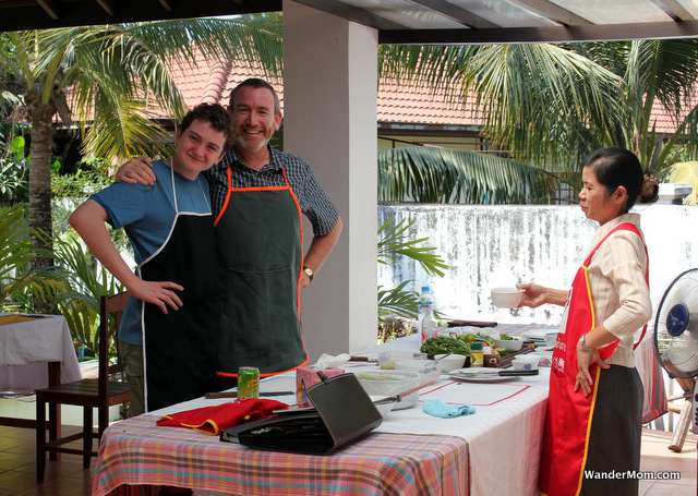 Laos-Itinerary-Vientiane-Cookery-School