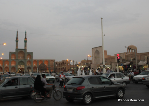 iran-yazd-town-center